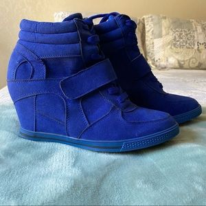 Bucco capensis sneaker boots size 8